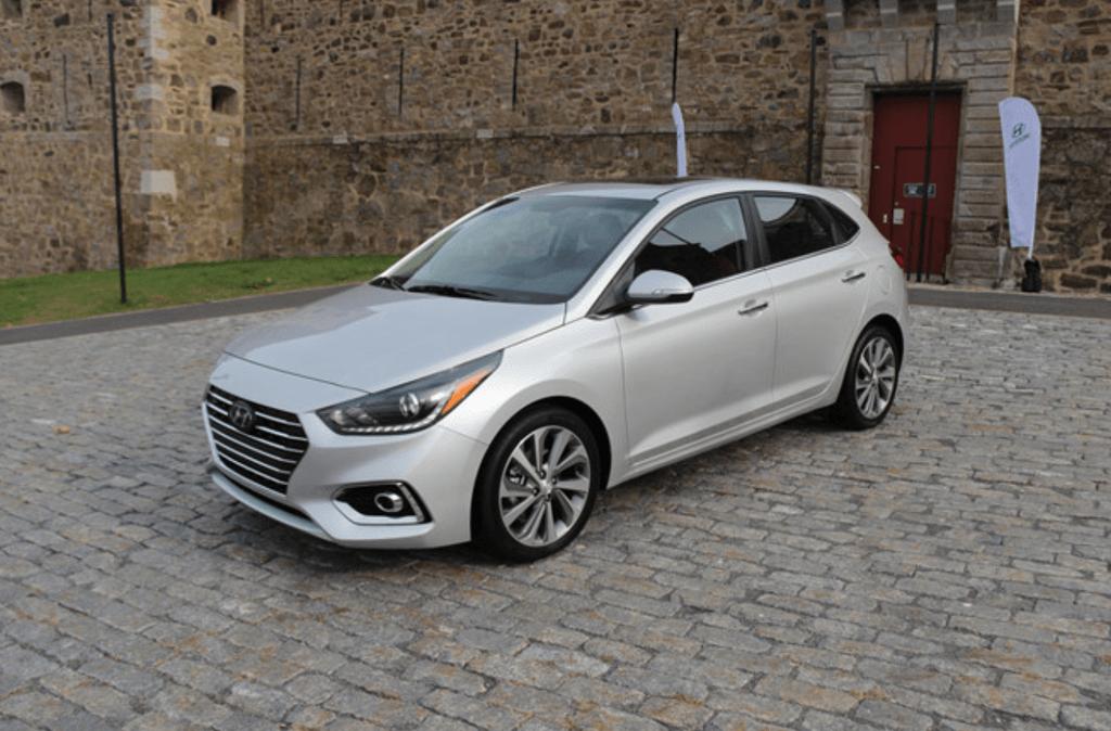 Hyundai Accent hatchback chính thức trình làng, giá từ 353 triệu VNĐ
